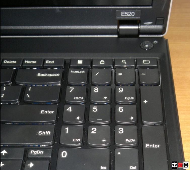 69 thinkpad论坛 69 e520键盘 为何能看到底下的电路板啊?