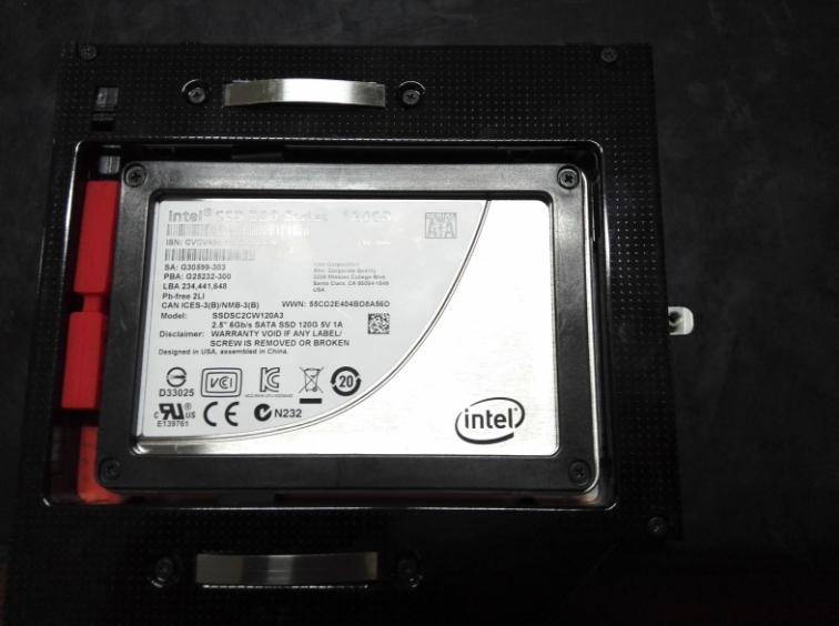 SSD+硬盘架.png