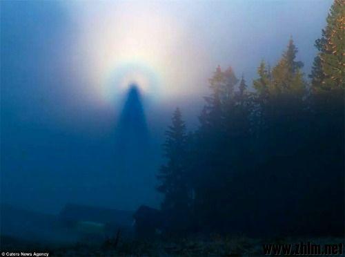 """挪威上空惊现""""空中天使""""罕见天气奇观的启示.jpg"""