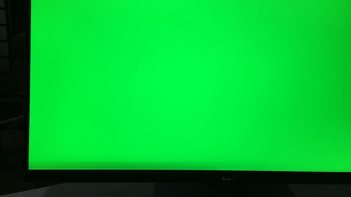 绿屏下显示的横条纹