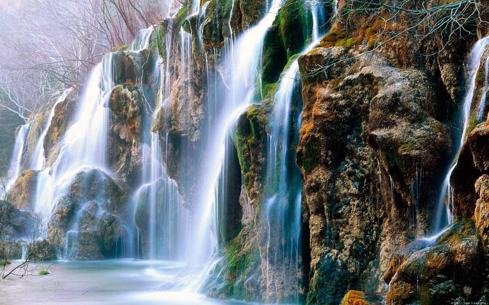 壁纸 风景 旅游 瀑布 山水 桌面 1680_1050